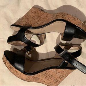 Usual comfy black heels